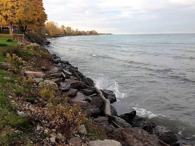 Lakefront Cottage 2B - Lake Ontario - Waterport - Stuga