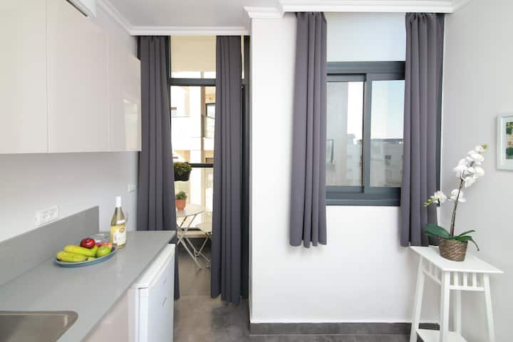 ★Stylish & Cozy Studio By Central Station/Balcony★