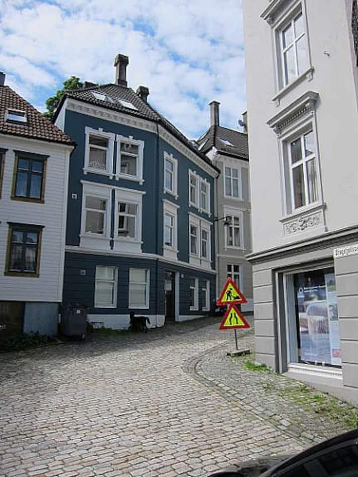 Bergen city apartment No 6