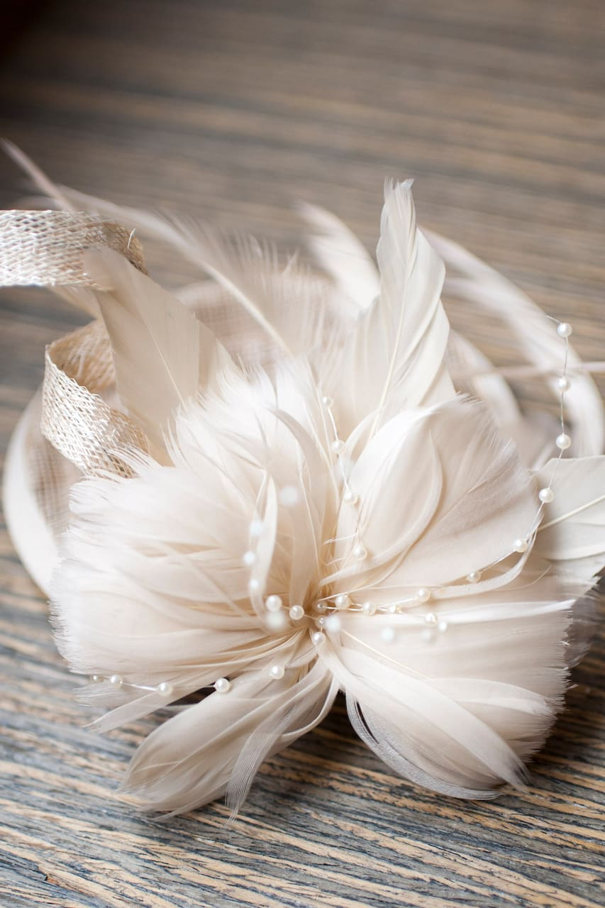 Create a custom fascinator hat over high tea