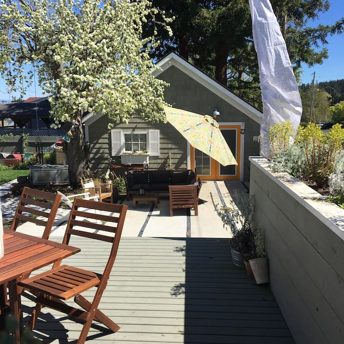 The patio and deck are great for relaxing or dining al fresco - weather permitting!