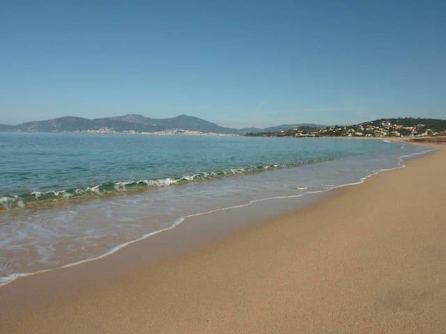 Studio plage d'Agosta à 5 min de Porticcio