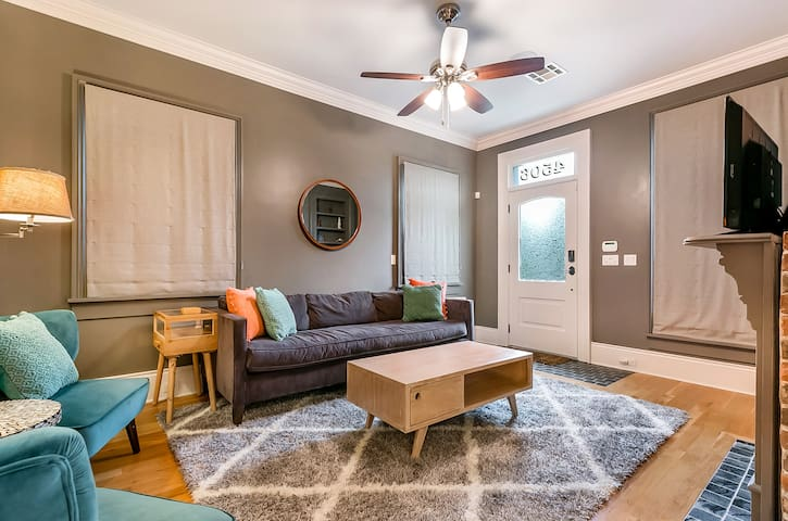 Bywater Bliss - historic renovated 3bdr near FQ