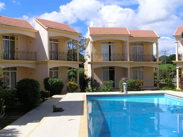 Villa with pool and 200m from Mont Choisy beach ! - Mont Choisy - Huis