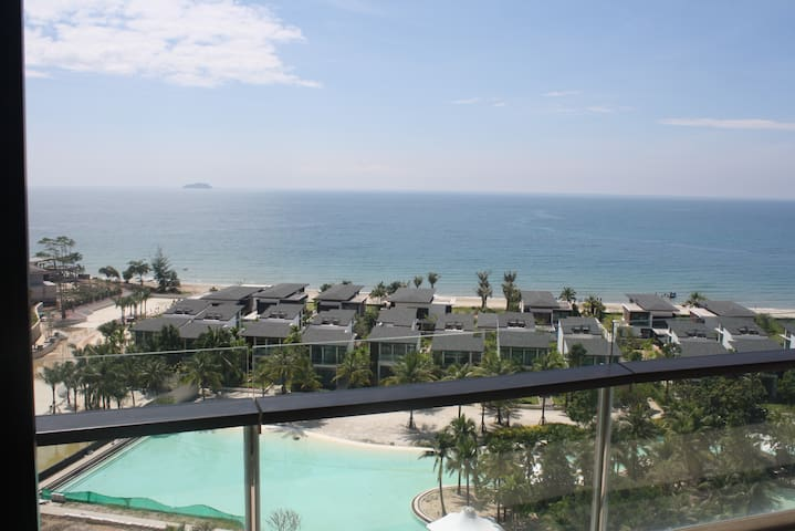 Beachside 2 Bedrm 9th Fl. Condo at Marriott Rayong - Klaeng - อพาร์ทเมนท์
