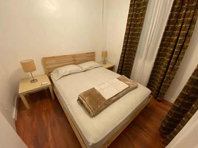 Bedroom #2/Habitación #2