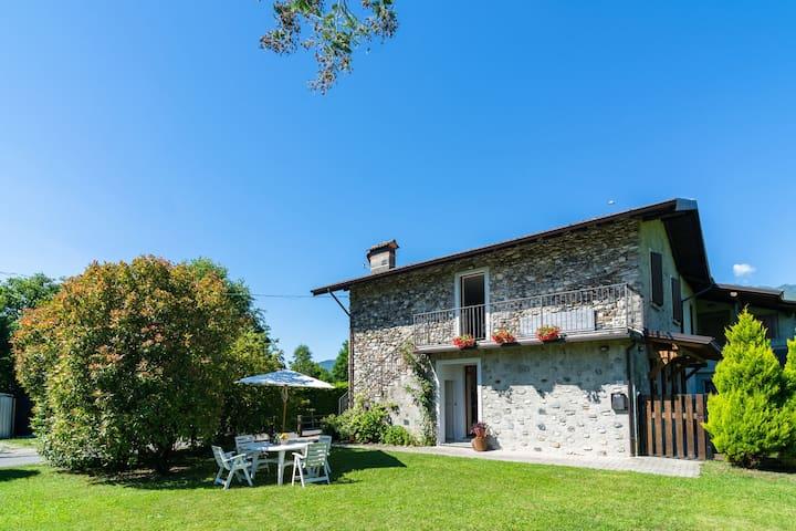 Peaceful Apartment in Grovedona Italy near Lake