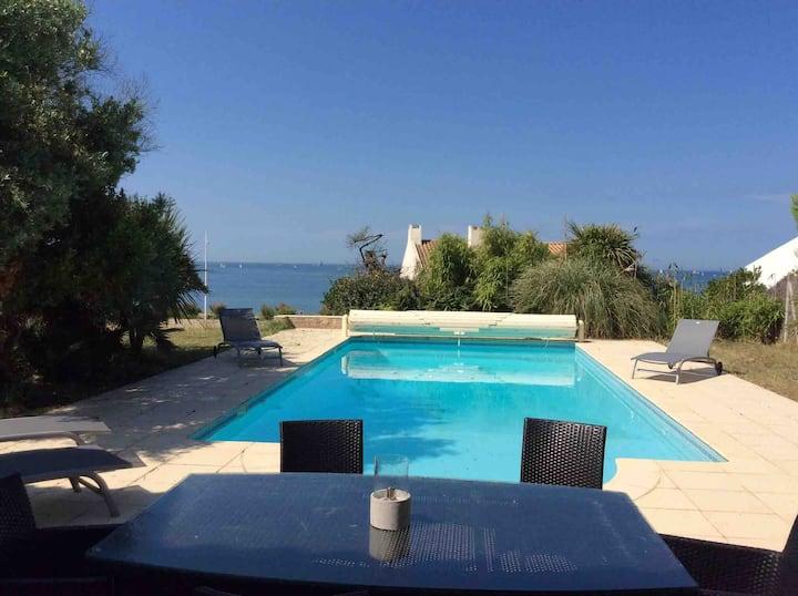 Maison avec piscine vue mer