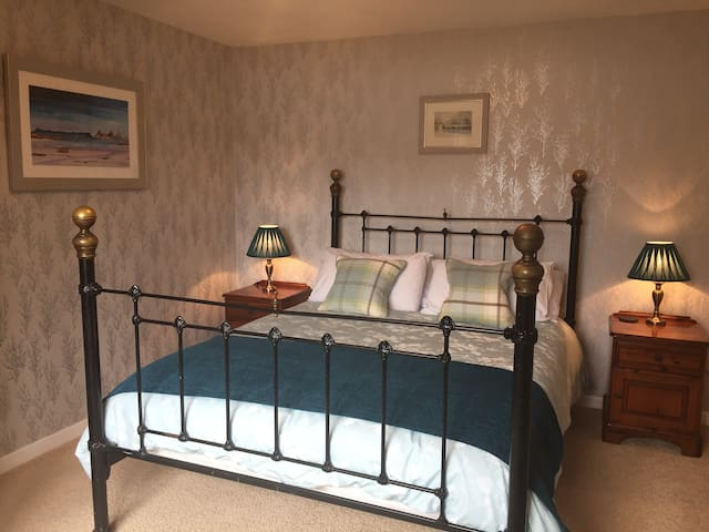 Castle Cottage B&B - Double Room