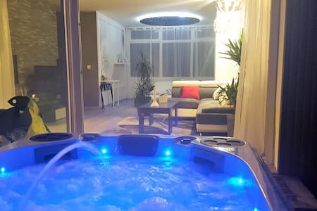 Appartement de charme avec spa privatif pour 2