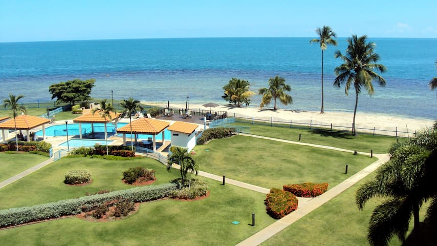 Beachfront Apartment with amazing view, Cabo Rojo - คาโบโรโจ