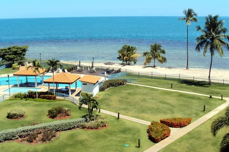 Beachfront Apartment with amazing view, Cabo Rojo - Huoneisto