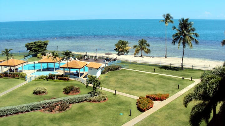 Beachfront Apartment with amazing view, Cabo Rojo