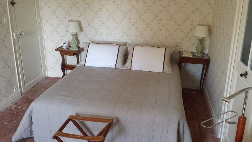 Chambre verte - Cellettes - Bed & Breakfast