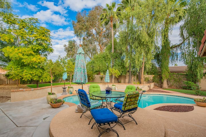 Scottsdale Guest House with Pool and Patio!