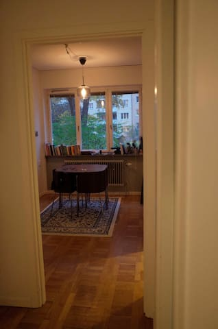 Spacious apartment perfectly located near subway