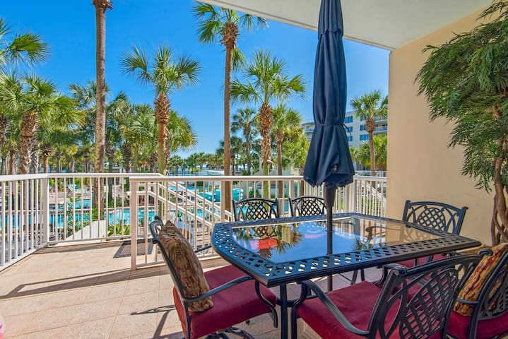 Destin West Lanai Unit-steps from the lazy river!