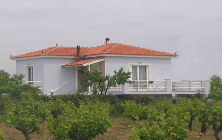 Two-bedroom house, balconies, Kalloni, Lesvos, GR