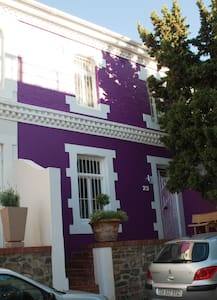 Purple House on Jarvis - Cape Town