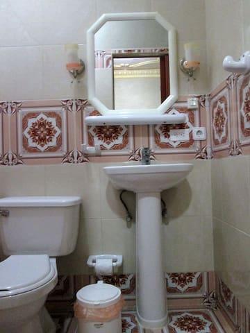 Baño habitación 2