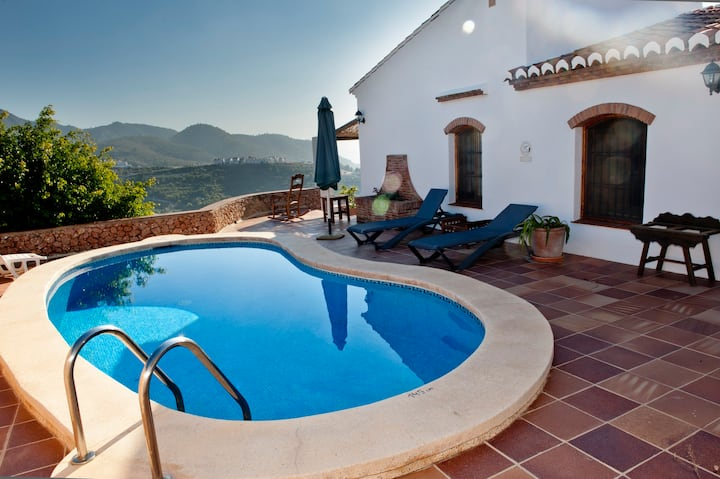 Quality cottage in Frigiliana, 2 bedrooms