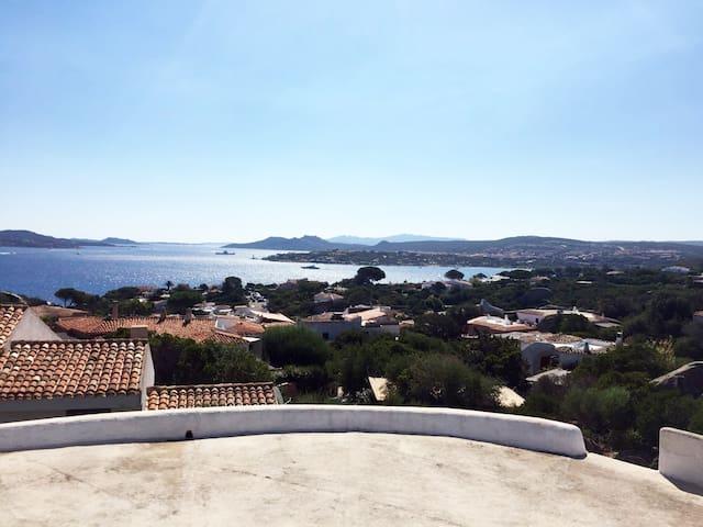 Villa a Porto Rafael, semplice, spaziosa e comoda - Punta Sardegna - Villa