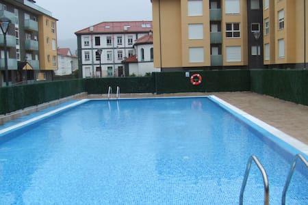 Atractivo y moderno con piscina - Unquera - Apartmen