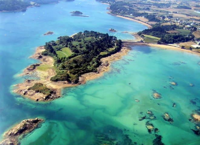 Une (presqu)'île privée - Lézardrieux - House