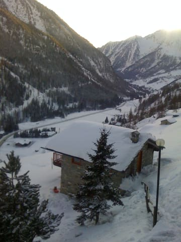 Splendido Chalet di Montagna - Champoluc - Hus