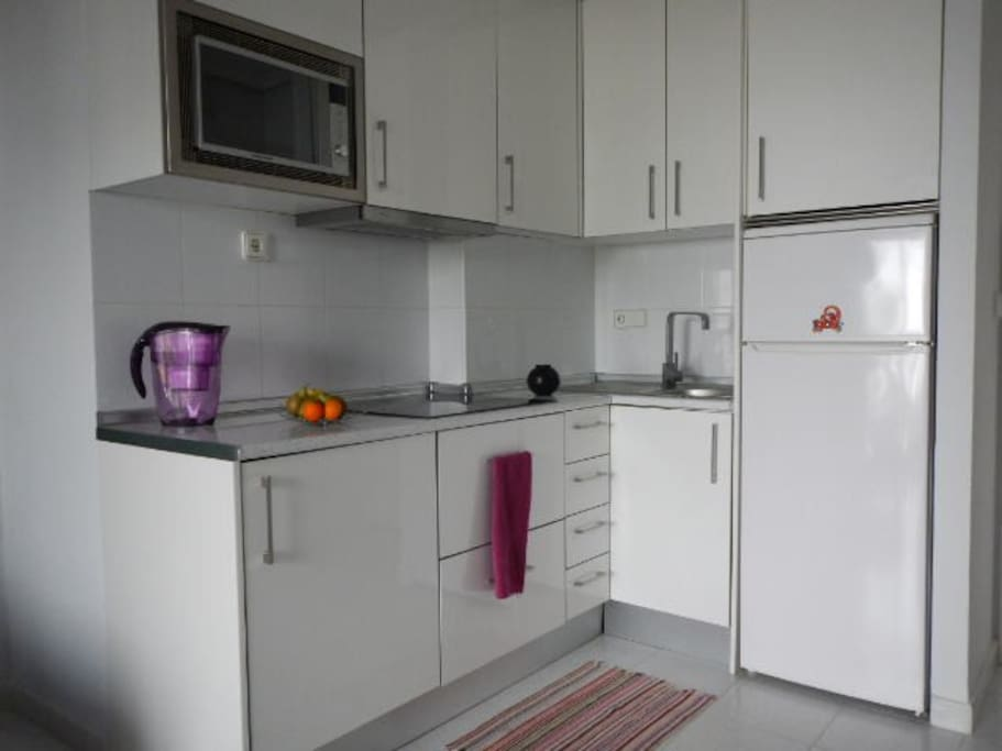 Fully equipped kitchen, all you need for cooking is there...but the ingredients.
