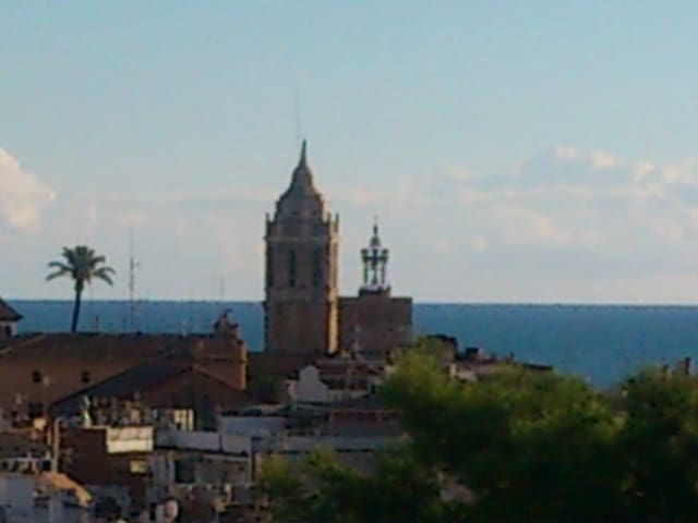 Enjoy SITGES from this attic see views !