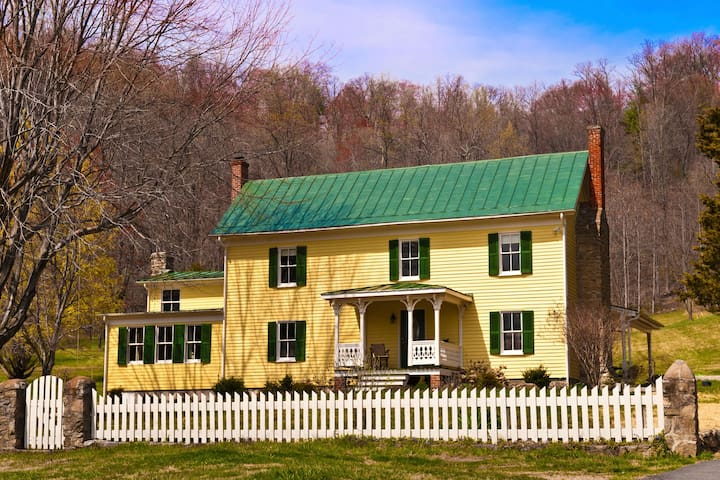 Enchanted-Historic Shenandoah Farm  - Madison - Rumah