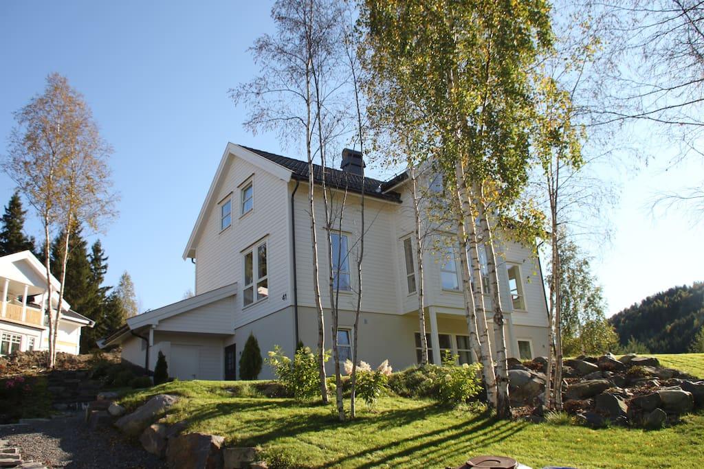 Big house in a nice garden!