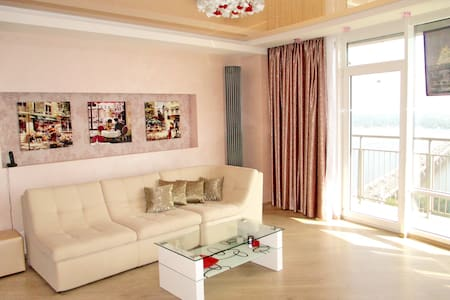 Best Apartment in Most City, Jacuzzi. River view - Dnipropetrowsk