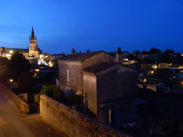 1 nuit à st emilion - Saint-Émilion - Bed & Breakfast