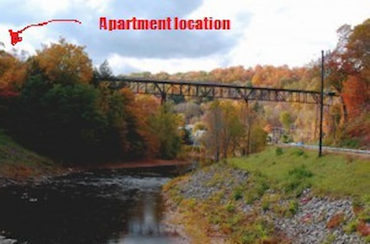 Right next to trestle and rail trail - Rosendale - Apartmen