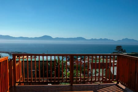Modern Loft with a Magnificent View - Mossel Bay