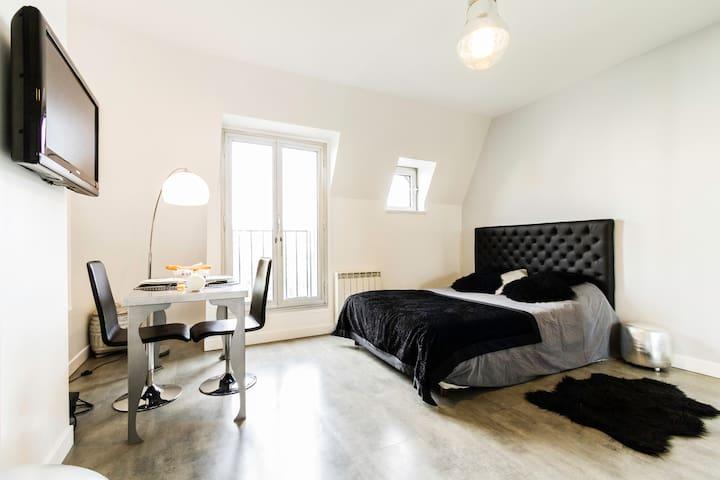 Beau Studio cosy vue Tour Eiffel - Paris - Daire