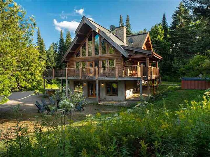 💕❤️💝A Romantic Getaway🎉🌈⭐️🌙  Spa/Log Cabin/Nature🍾🎊🌲