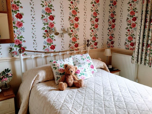 Room 1 Double Ensuite - Monkgate B&B
