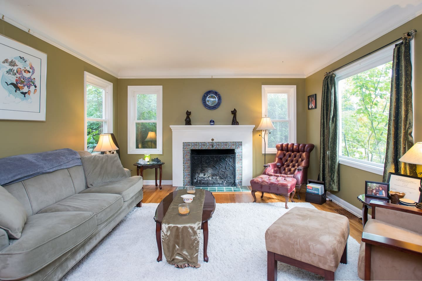 The living room, a great place to relax and read or play one of our many board games!