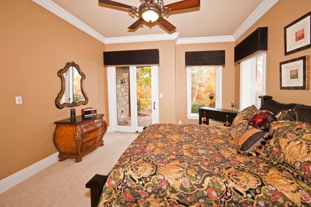Hideaway Suite with private patio
