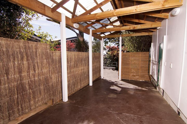 No steps between the carport & the apartment entrance.