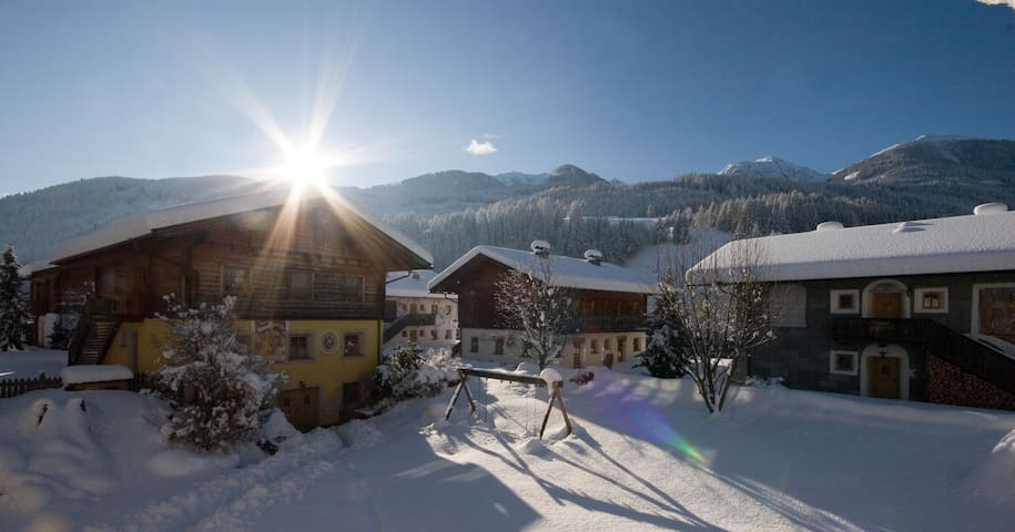 Chalet/apartment for 4-6 persons - Heinfels - Flat