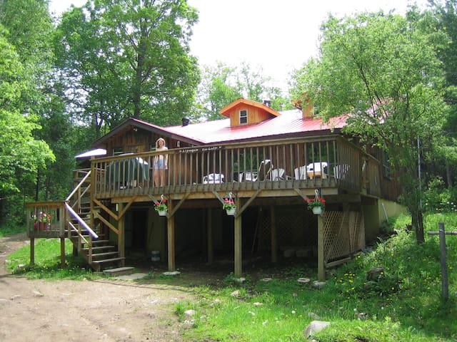 Award winning Algonquin Eco-Lodge