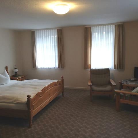 Doppelzimmer (20)