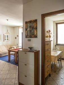 Appartamento luminoso e centrale - Villa Cortese
