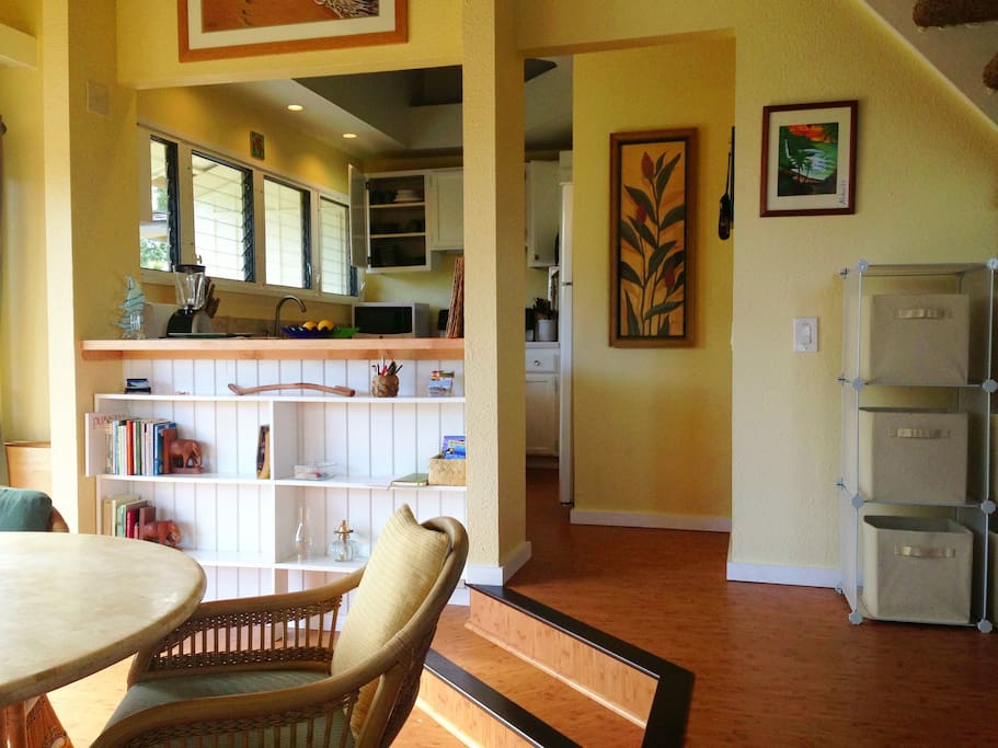Dining room and comfortable large kitchen, fully equipped with everything you need.