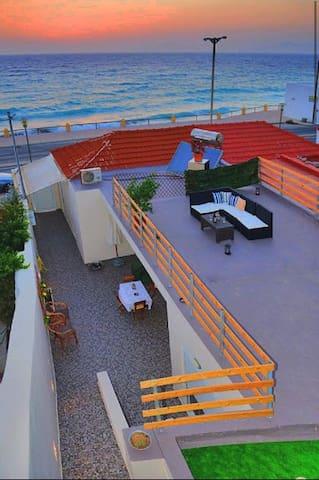 comfortable house at the beach!! - Kritika - Hus