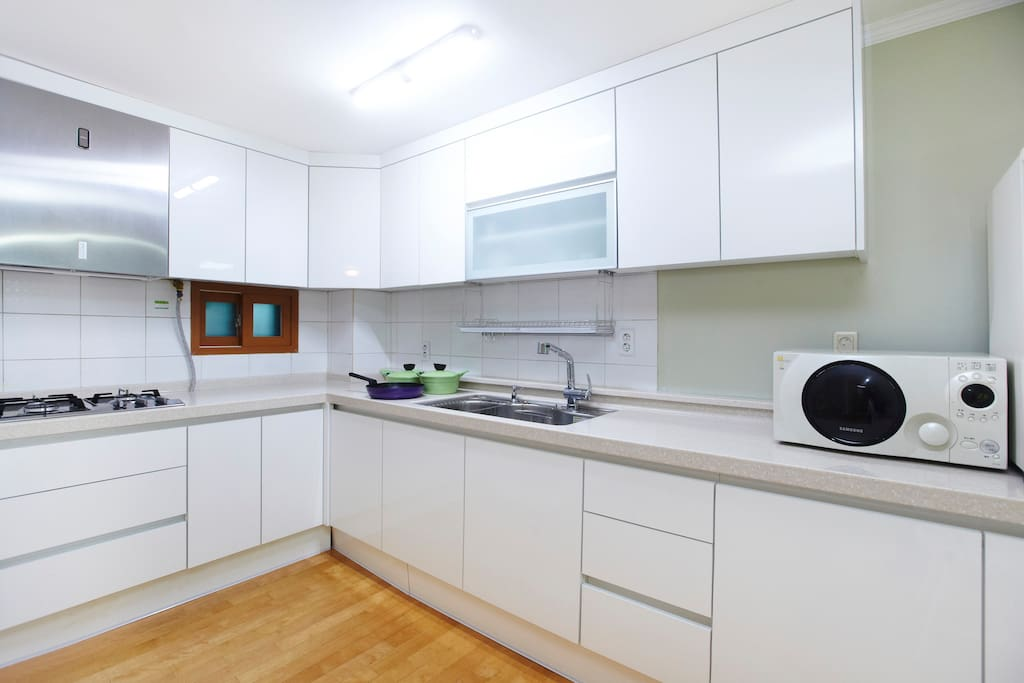 Bright and clean kitchen